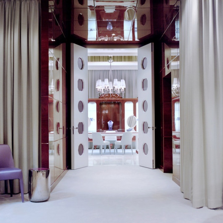 Faberge boutique by Hayon Studio