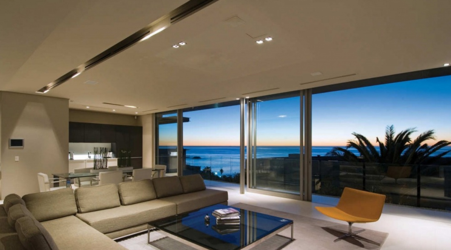 First Cresent-Villa-in-Camps-Bay-South-Africa-by-SAOTA
