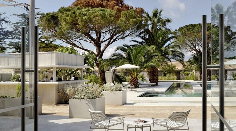 hotel sezz in saint tropez verzun luxury real estate broker. Black Bedroom Furniture Sets. Home Design Ideas