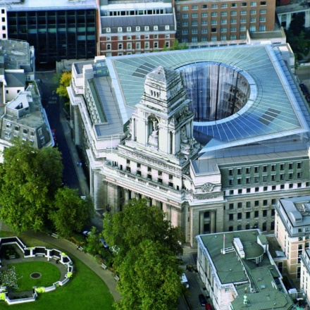 10 Trinity Square in London