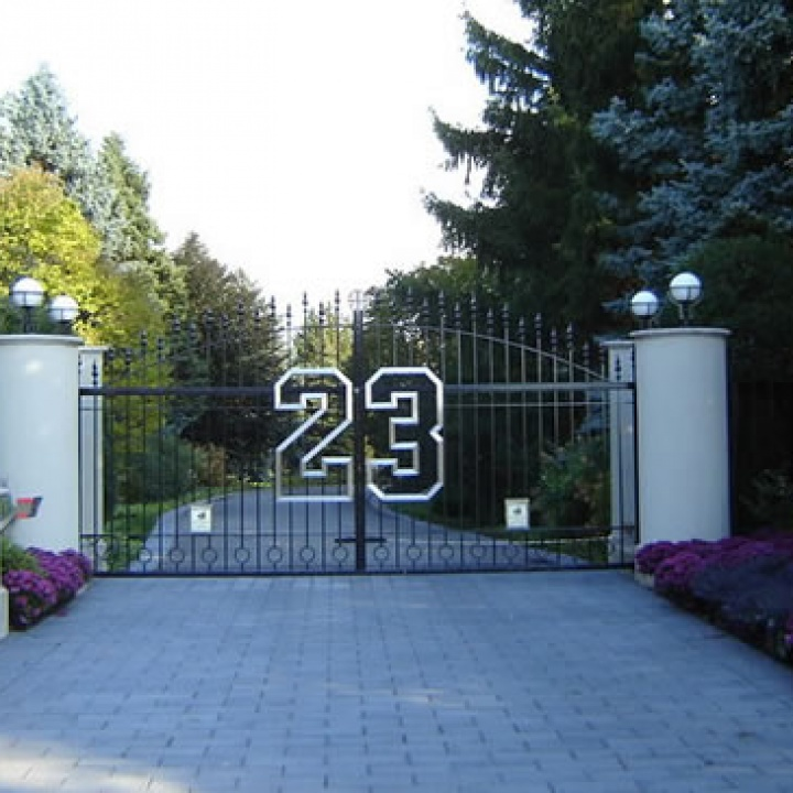 michael jordan chicago mansion 2