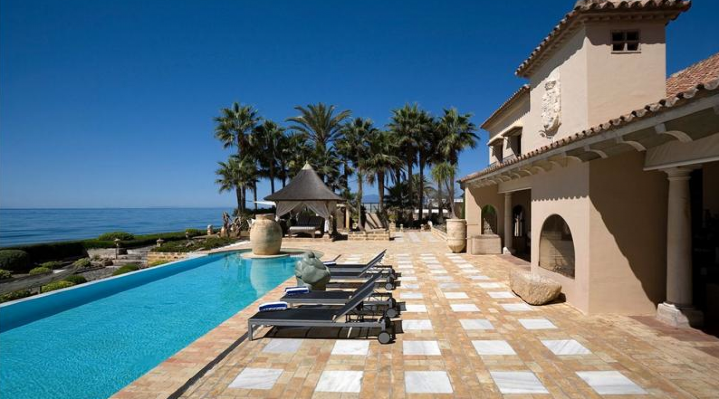 villa in los monteros spain 3