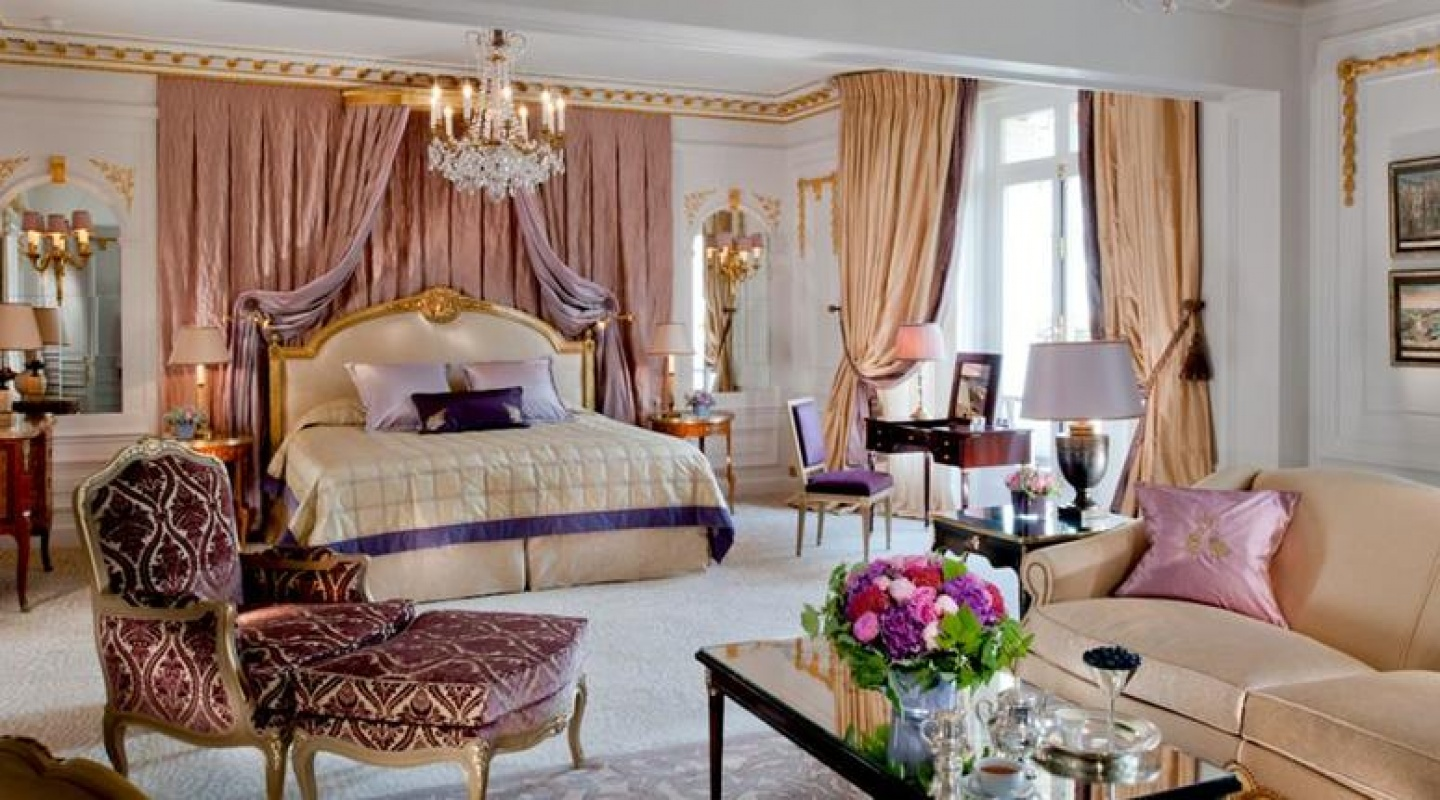 Hotel Plaza Athenee Paris France Royal Suite