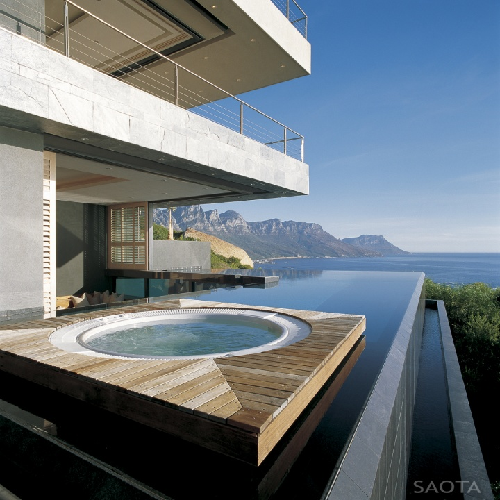villa in st leon bantry bay cape town 8