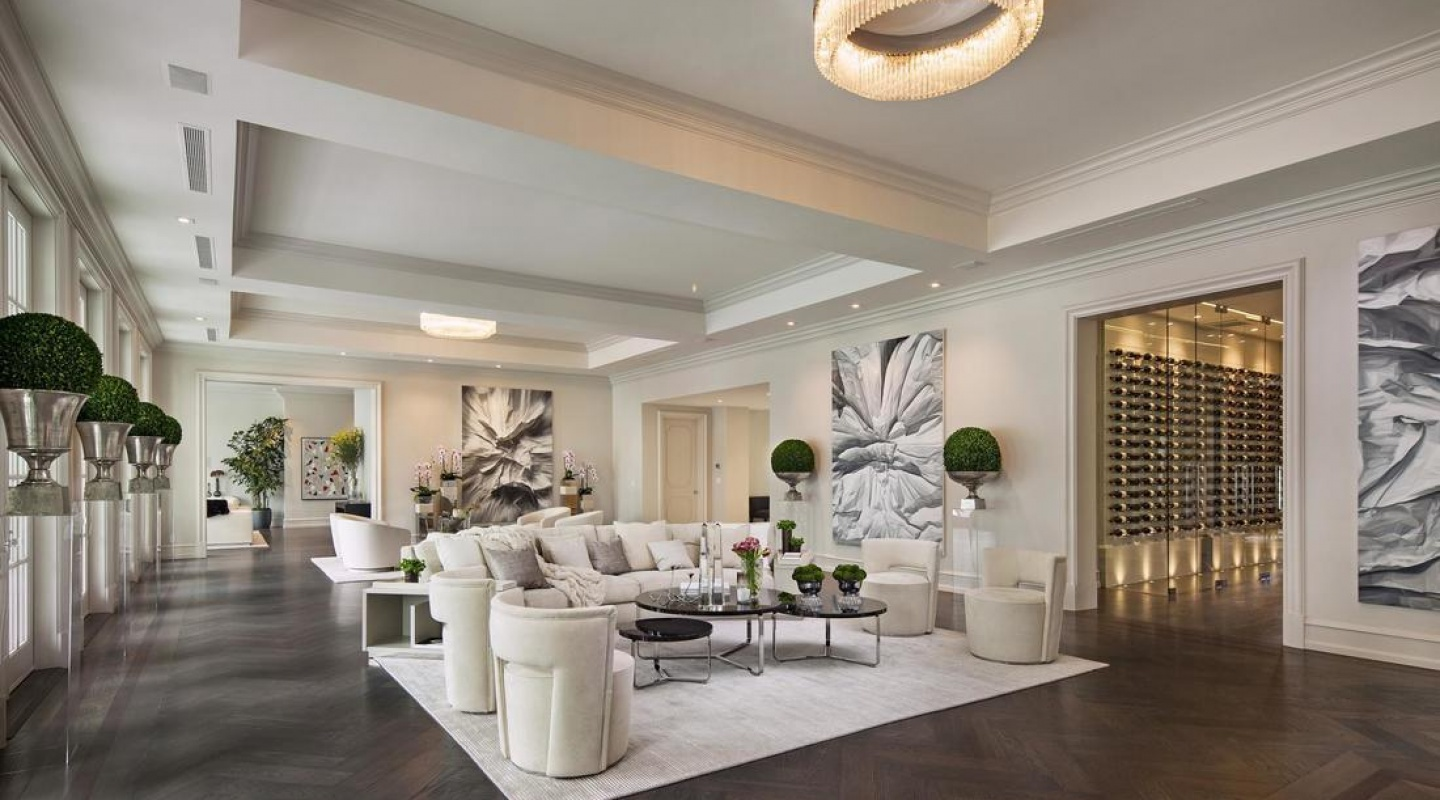 2 floyd mayweather buys beverly hills mansion