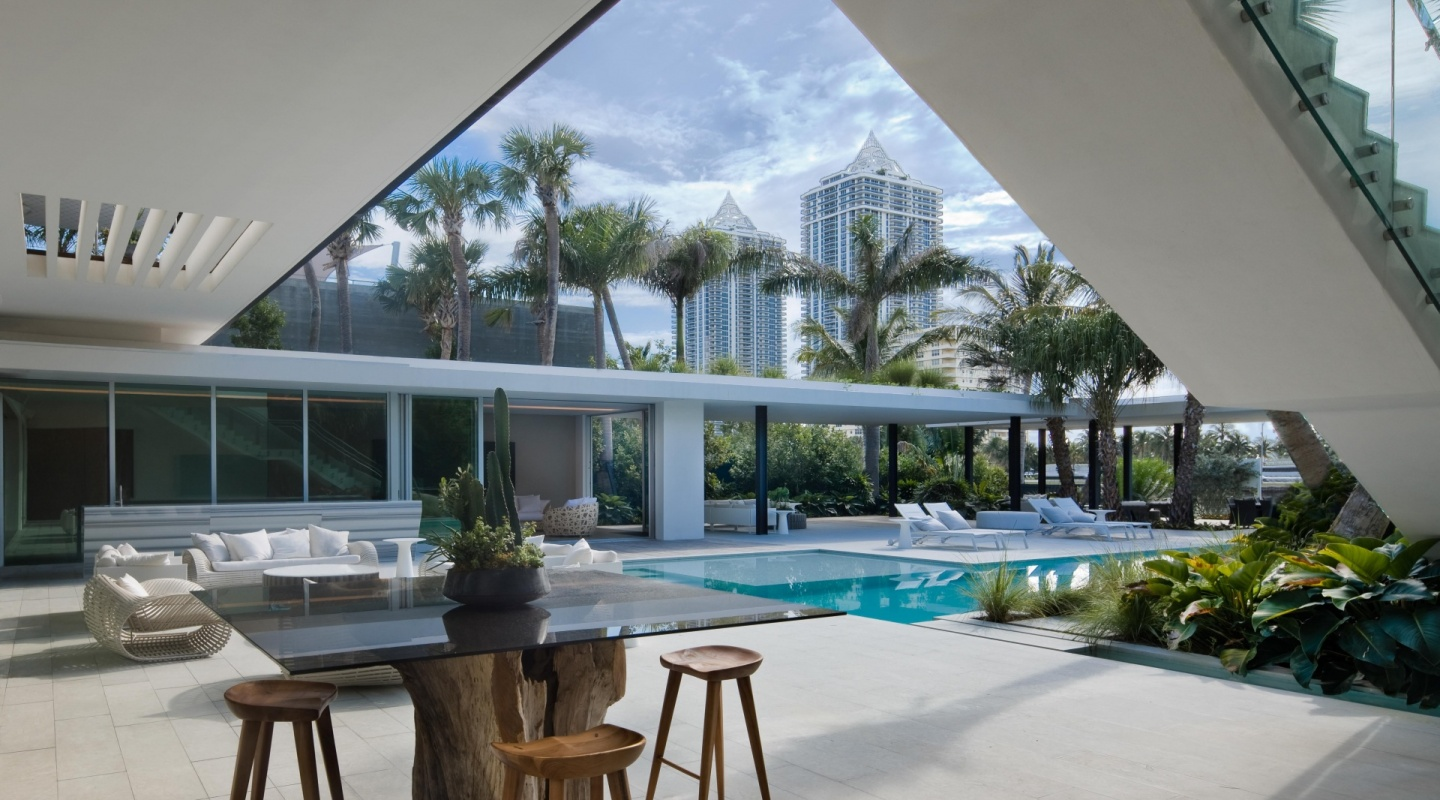pine tree miami by saota4