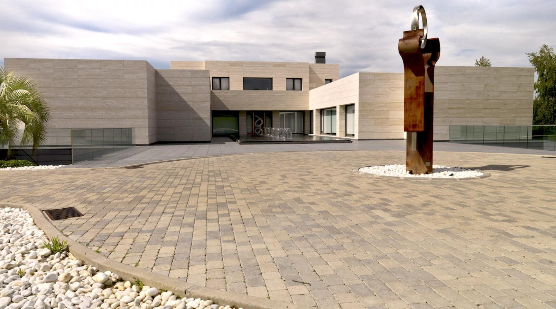 Contemporary luxury mansion in la finca pozuelo de - Finca pozuelo de alarcon ...