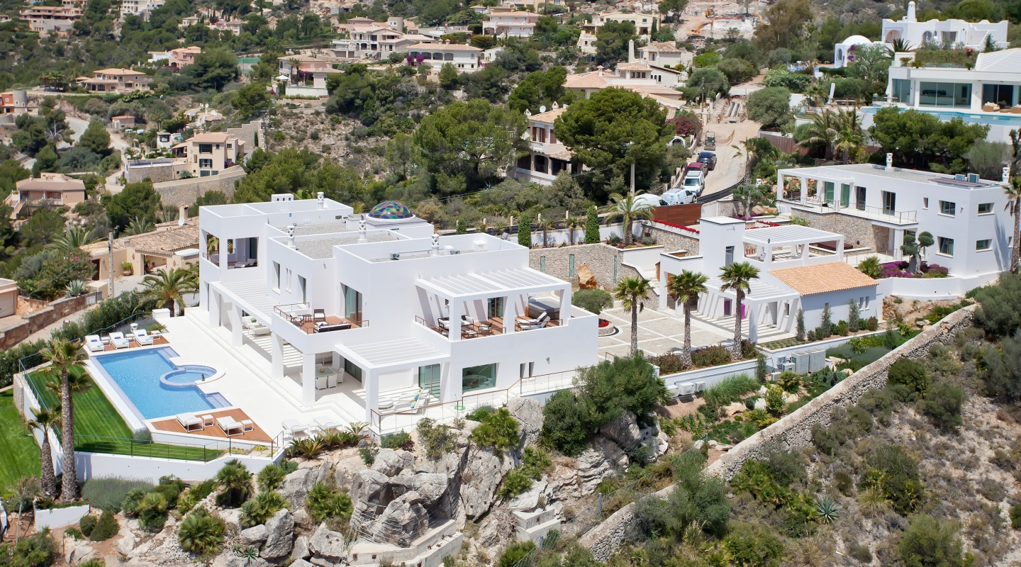 Finest luxury residential real estate in mallorca for Real estate mallorca